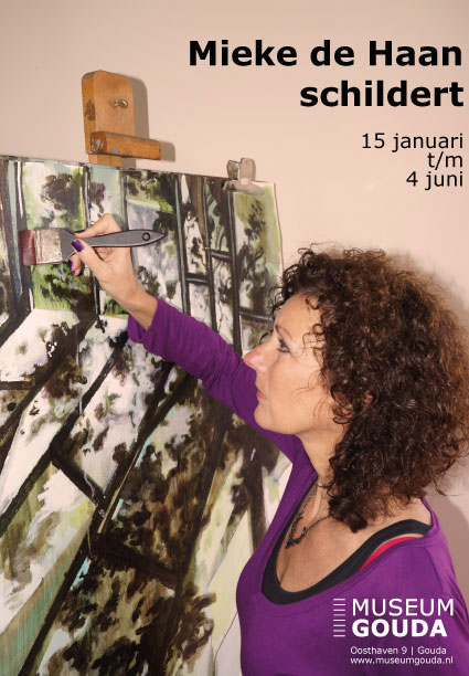 Mieke de Haan schildert in Museum Gouda - foto Museum Gouda